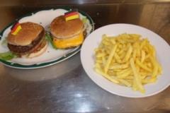 hamburgeru1cheesburgermitpommes